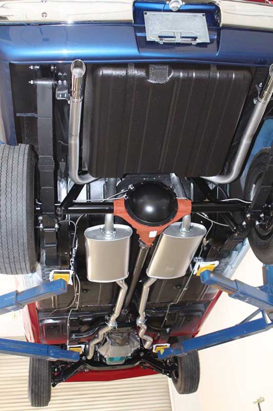 Javelinundercarriage on Exhaust Pipe